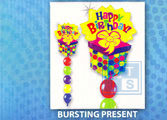 Ballonpilaar: Bursting Present